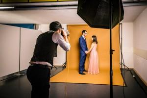 Fotostudio - Ballfotograf für Veranstaltungen und Anlässe in der SChweiz. Verschiedene Studio und Licht-Konfigurationen überzeugen mit hochwertig, professionell Hergestellten Portraitaufnahmen der Gäste des Abendball